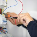 Experiencing an Pearland Electrician with fitting expenses